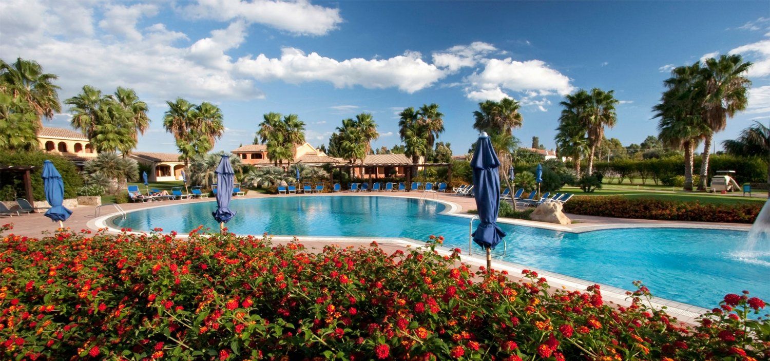 Lantana-Resort-–-apartment hotel with swimming pool