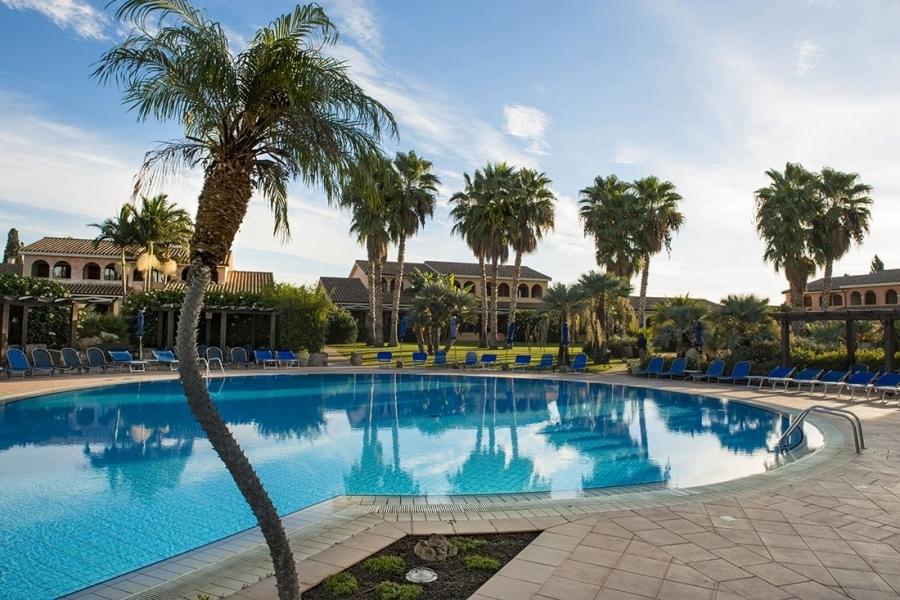 apartments-vacation-in-Sardinia-Italia.jpg