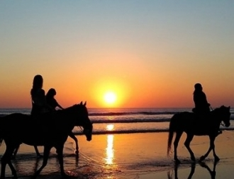 Vacanze più lunghe a prezzi più corti? Tutti in Sardegna con le nuove offerte!