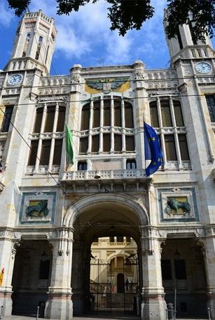 palazzo-civico-Cagliari.jpg